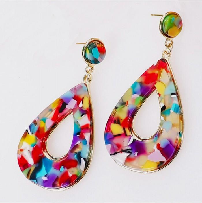 Mehrfarbige Ohrringe